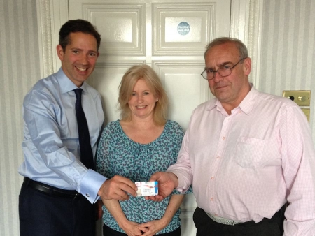 Jonathan Djanogly backs launch of Cambridgeshire Care Card