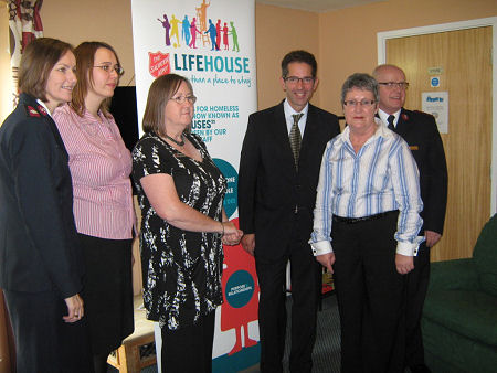 Jonathan Djanogly praises the work of Salvation Army staff on a visit to the King's Ripton Court Lifehouse in Sapley.