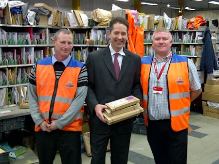 Jonathan visits Royal Mail's Huntingdon delivery office before Christmas
