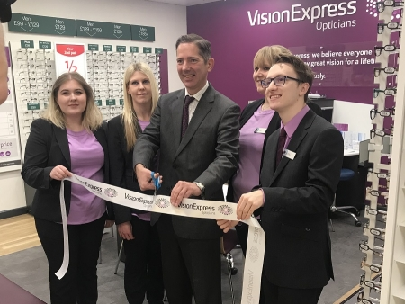 Jonathan visiting the new Vision Express at St Neots Tesco to formally open the new franchise.
